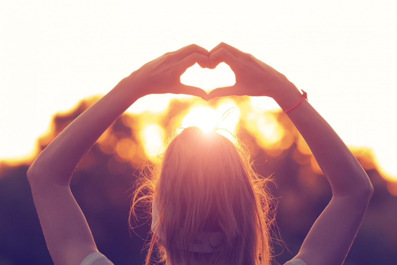 BM_Heart-shape for the nature_84178539