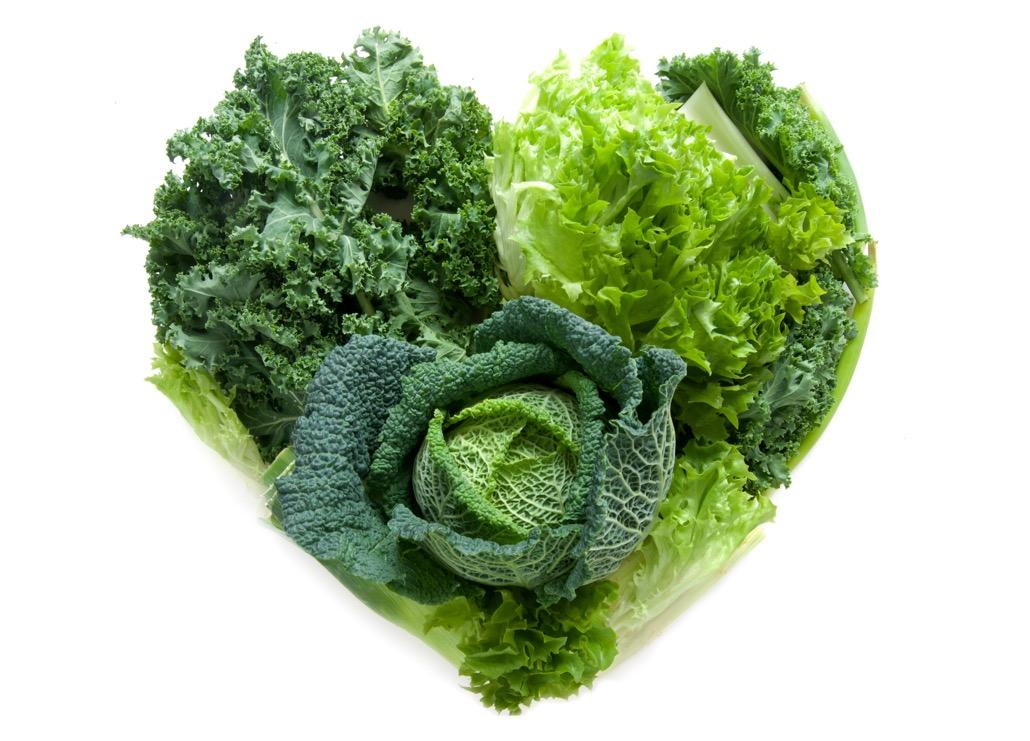 BM_Heart shape green vegetables_96256038