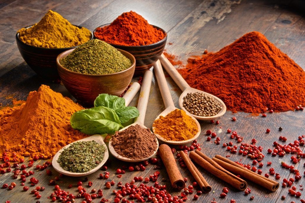 bm_variety-of-spices-on-kitchen-table_102589163