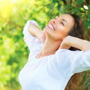 BM_Beautiful Young Woman Outdoor. Enjoy Nature_62632969