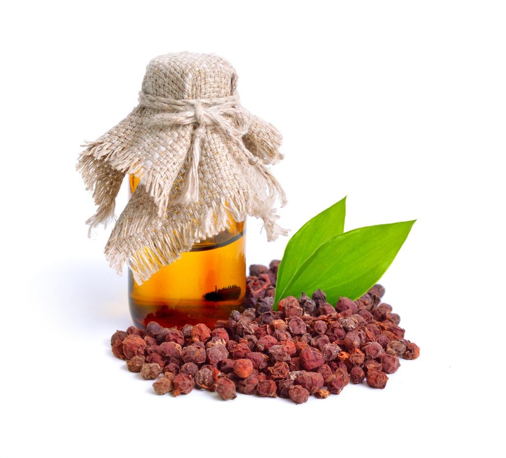 BM_Schisandra chinensis, magnolia berry, five-flavor-fruit, wu wei zi_139109367