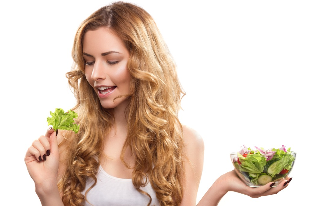BM_Young Beautiful Woman With Salad_92140811