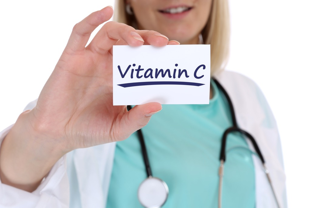 BM_Vitamin C Vitamine gesund Gesundheit gesunde Ernährung Doktor_100561315